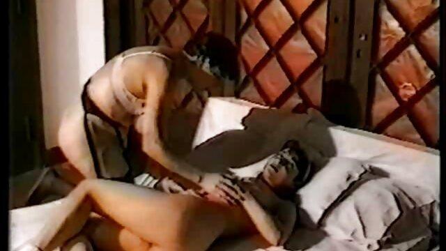 2 putas maduras lesbianas maduras masturbandose anal interracial