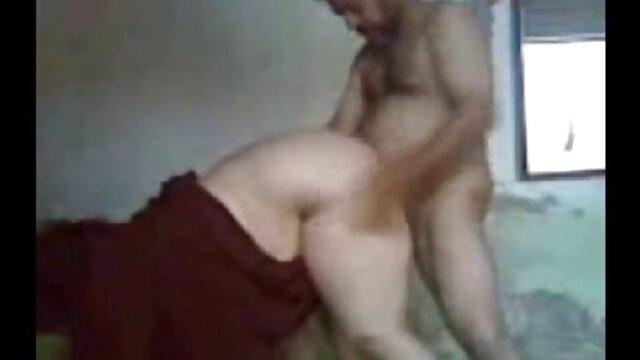 Puta morena adora ser follada mientras chupa videos eroticos lesbicos una polla